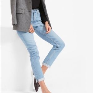 ✨Everlane The Modern Boyfriend Light Wash Jeans✨